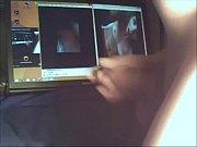 Видео как кончают в пизду а потом слизывают сперму