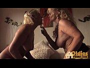 blonde lesben