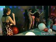 Frauenfüße küssen verdienst pornodarsteller