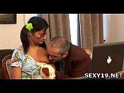 порно папаша заставляет дочку