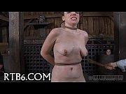 Sexy bondman delights with oral sex