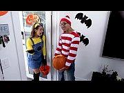 BANGBROS - Teen Evelin Stone Gets Bruno Dickemz&#039_s Dick In A Pumpkin