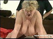 смотреть порно трахает жестко чужую жену