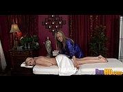 секс в клубе с двумя мущинами видео