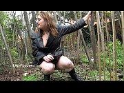 Amateur babe Jannas public masturbation and outdoor dildo toying