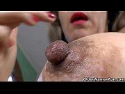 latina milf susana puts her massager.