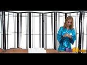 Орущие и брызгающие лезбиянки с огромными фаллоиммитаторами длинное видео