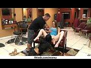 скачать порно массаж голой блондинки