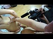 мужской член и женские руки видео