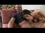 Муж вылизывает сперму любовников фото