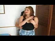 Mi novia Nati &uml_la rubia&uml_ y Su amiga Bailando Hot en su dormitorio