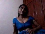 5221535 andhra aunty blowjob and saree strip