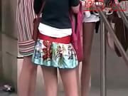 в кружевном белье девушки сзади фото жопки