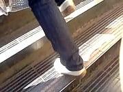 Culazo de madura subiendo escaleras!!// Mature ass in ladders