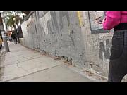 Видео ветер задирает юбки
