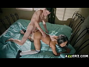 Порно молодая струйный оргазм видео