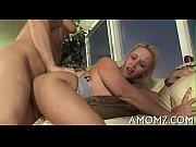 сын пристает к маме секс