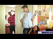 ебля папуасов порно видео
