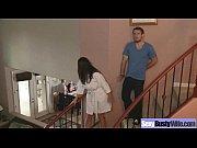 Негр порвал белую девку видео