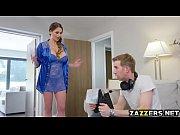 Русская девка голая на улице онлайн