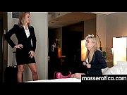 два негра принимают на работу секретаршу порно