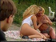 порно фото голых лежа девушек