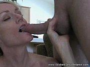 шлюху трахают в рот порно фото
