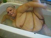 Пожилые женщины мокрые киски смотреть фото