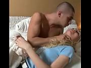 Мат спит а сын еше она спит трахал ее