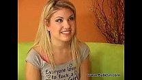 Videos de Sexo Solteirona devassa com bela xota penetrando a loira aubrey addams