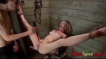 mujer esclava le gusta que la maltarten mientra...