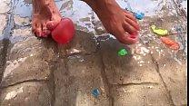 Fetiche de pies aplastando Crushing