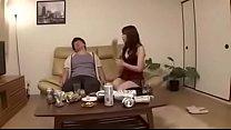 จับแฟนยกขาเบิร์นหีที่โซฟาแล้วเย็ดท่ามันส์มากครางลั่นห้องเลยหีตด