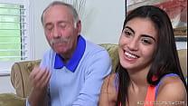 Frankie Fucks a Latina Hottie thumb