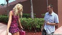 Video de sexo com uma loirinha universitária