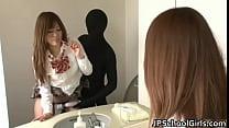 ดูหนังxออนไลน์โจรหื่นเย็ดกับสาวนักเรียนในห้องน้ำคาชุดเลยเด็ดมากๆ