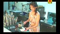 Xxxหี ทำรายการเข้าห้องครัวผ้ากันเปลื้อนแต่เธอไม่ใส่เสื้อผ้าเห็นนมใหญ่มาก