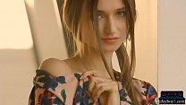 Gorgeous natural Euro MILF Ilvy Kokomo teases a...