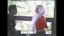 Intip Jilbab Mesum di Taman [3gpgadisdesa.blogs... Thumbnail