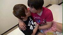 [無修正] 濃厚なキスをしながらシックスナイン、相互フェラから本番行為まで盛り沢山な内容で絡み合うイケメンカップルw