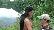 Fremder erwi scht Teeny am Baggersee und bekommt einen Fick
