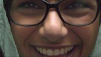 Mia Khalifa, masturbandose en la libreria. Video Completo: http://cpmlink.net/1SPWAA