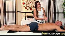 Порно массаж с грудастой девушкой