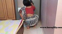 Indian maid with no panties - Indian Porn