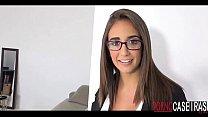 Novinha gostosa de óculos pornocaseiras.com
