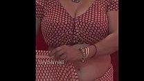 Big boobs aunty wearing saree Thumbnail