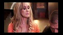 Mature Brandi Love distract her stepson)