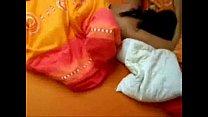 Спящую красавицу трахает лилипут