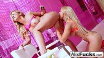 Blonde hotties Alix & Cherie get it on