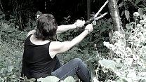 Cédille, abandonnée dans la forêt